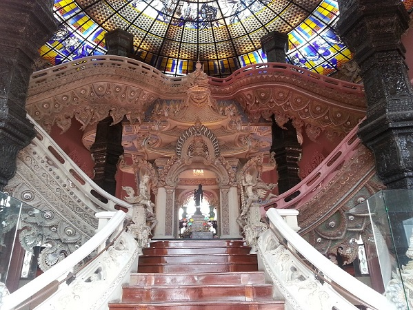 Erawan Shrine Museum