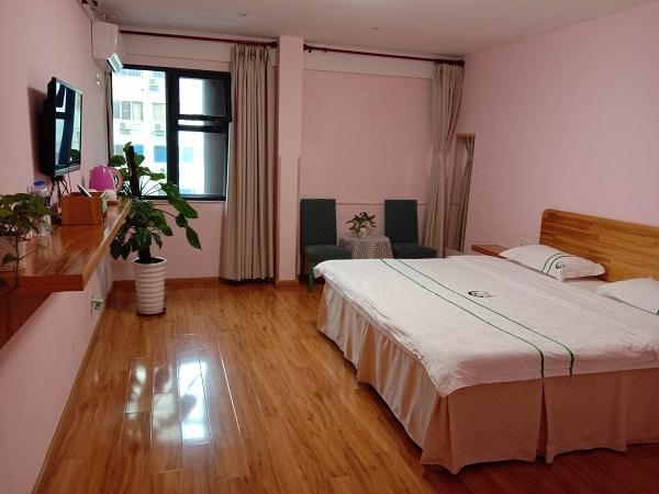 CG Hotel Room 2